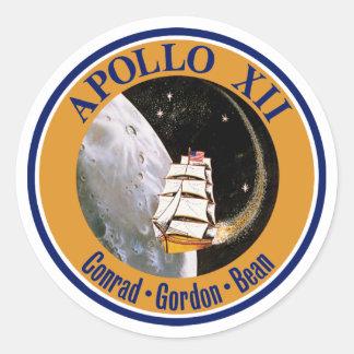 Remiendo de la misión de Apolo 12 Pegatina Redonda