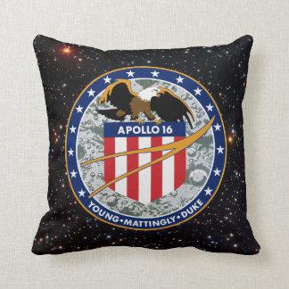 Remiendo de la misión de Apolo 16 Almohada