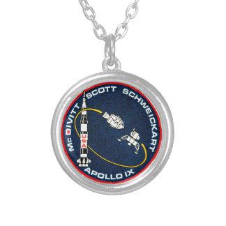 Remiendo de la misión de Apolo 9 Colgante Redondo