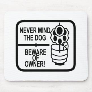 Remiendo de los dueños de arma tapete de ratón