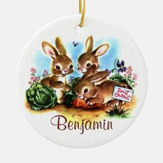 Remiendo del conejito adorno navideño redondo de cerámica