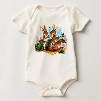 Remiendo del conejito body para bebé