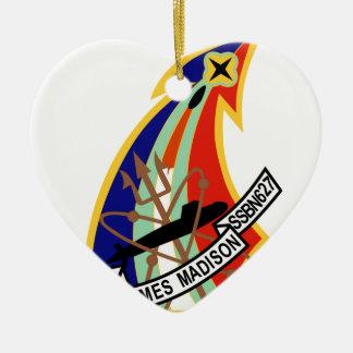Remiendo del submarino de USS James Madison Adorno Navideño De Cerámica En Forma De Corazón