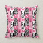 Remiendo rosado y negro almohadas