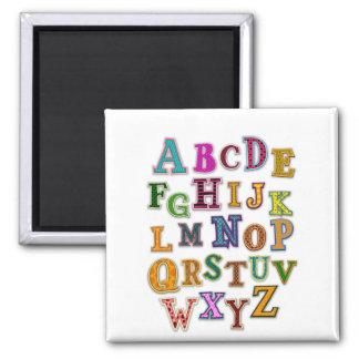 Remiendos del alfabeto imán cuadrado
