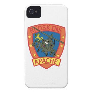 Remiendos Sq de las pieles rojas de APACHE - iPhone 4 Case-Mate Coberturas