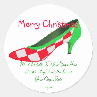 Remite del zapato del tacón alto del navidad pegatina redonda