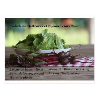 Remolachas y ensalada de la espinaca con las tarjetas postales