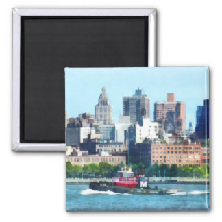 Remolcador contra el horizonte de Manhattan Imanes Para Frigoríficos