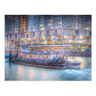 Remolcador en el río Chicago Tarjeta Postal