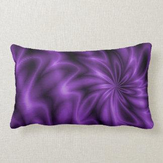 Remolino de la lila cojín lumbar