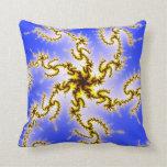 Remolino de oro en azul - diseño del fractal almohadas