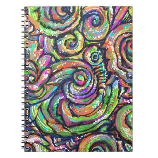 Remolinos coloridos del extracto cuadernos