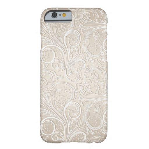 Remolinos florales color crema y del oro de funda de iPhone 6 barely there