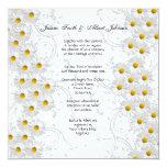 Remolinos florales de la margarita blanca que invitación 13,3 cm x 13,3cm