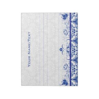 Remolinos florales y damascos del vintage del azul bloc