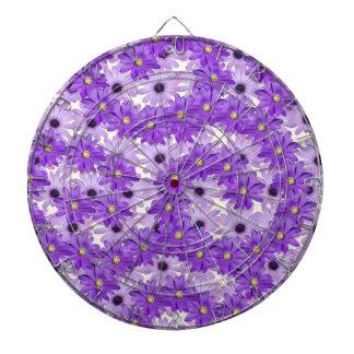 Remolinos púrpuras de la margarita tabla dardos