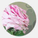 Remolinos rosados del rosa personalizados casando etiquetas redondas