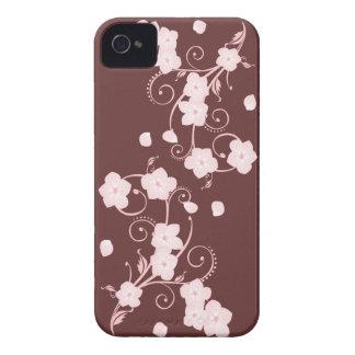 Remolinos rosados delicados de la flor de cerezo iPhone 4 Case-Mate protectores