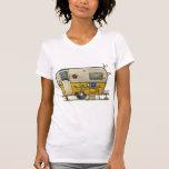 Remolque de campista de la hawaiana camiseta
