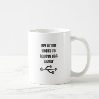remove USB safely Coffee Mug