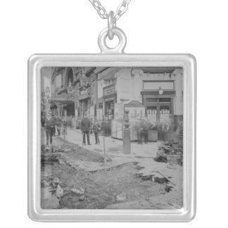 Removing the cobblestones silver plated necklace