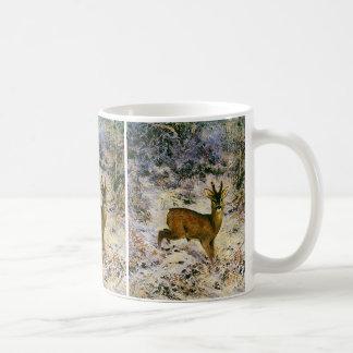 Reno del navidad del vintage en invierno del taza básica blanca