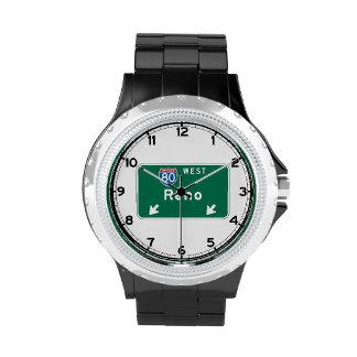 Reno, señal de tráfico del nanovoltio reloj