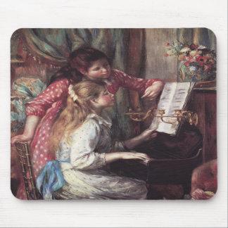Renoir: Chicas en el piano Tapetes De Ratón