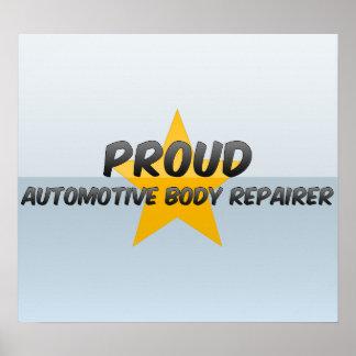 Reparador orgulloso del cuerpo automotriz posters