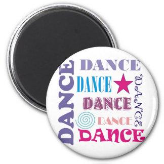 Repetición de la danza imán redondo 5 cm