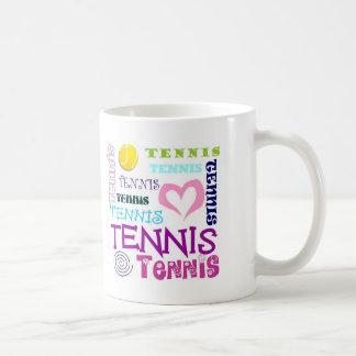 Repetición del tenis taza básica blanca