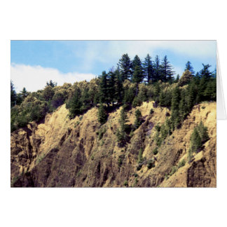 Repisa al borde del acantilado de Kaluna Felicitaciones