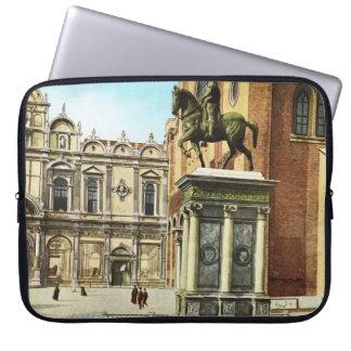 Replica VIntage Image, Venice 1910 Laptop Sleeve