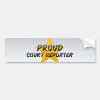 Reportero de corte orgulloso etiqueta de parachoque