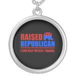 Republicano criado. Puedo ayudarme Pendientes Personalizados