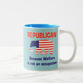 Republicano - el bienestar no es un empleo taza de dos tonos