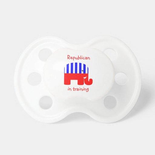 Republicano en el entrenamiento chupetes para bebés