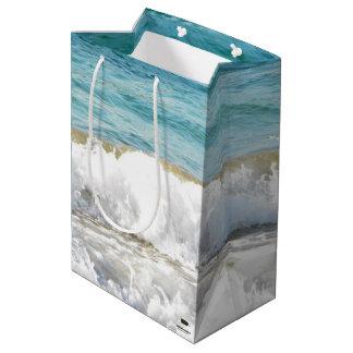 Resaca de la playa bolsa de regalo mediana