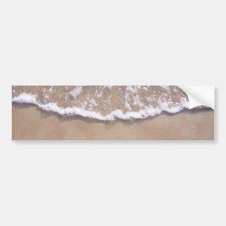 Resaca de Sandy en la playa Pegatina De Parachoque