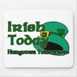 Resaca irlandesa alfombrillas de ratón
