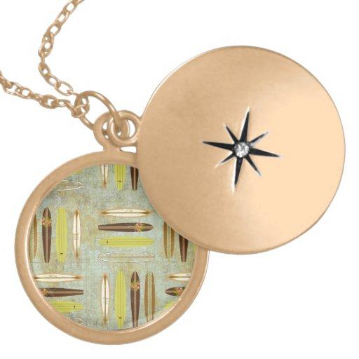 ¡Resaca para arriba! Vintage, diseño apenado de la Medallones