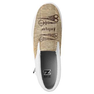 Resbalón en las zapatillas de deporte de las