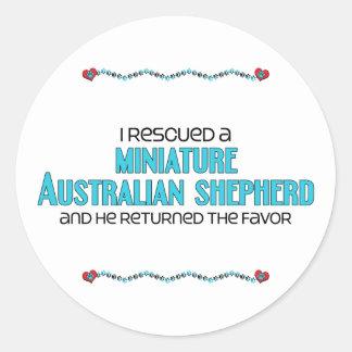 Rescaté a un pastor australiano miniatura (el pegatina redonda