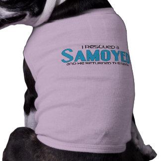 Rescaté a un samoyedo (el perro masculino) camiseta de perro