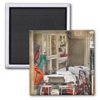 Rescate - dentro de la ambulancia imanes para frigoríficos