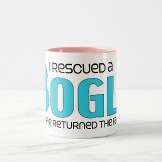 Rescaté un diseño de la adopción del perro de la taza de dos tonos