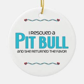 Rescaté un pitbull (el perro femenino) ornamento para arbol de navidad