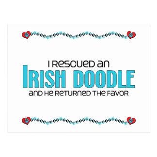Rescaté una adopción irlandesa del perro del Doodl Tarjetas Postales