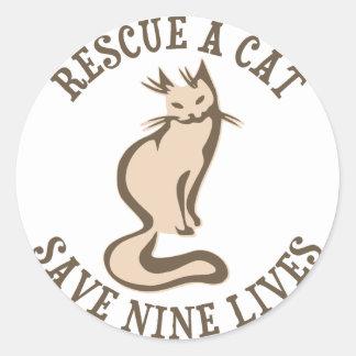 Rescate una reserva del gato nueve vidas etiquetas redondas